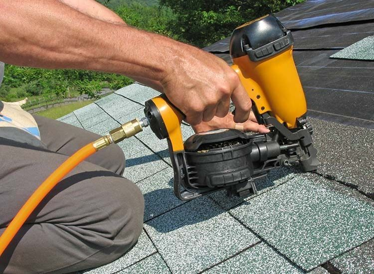 What are the attributes of the top roofing contractors Ann Arbor?